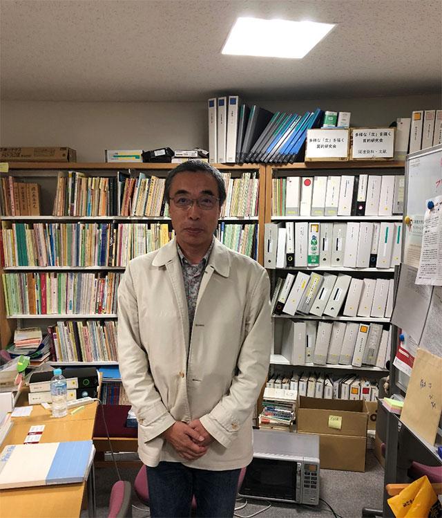 写真1 インタビューに協力してくださった、元BEGIN専従職員の鎌田真和さん